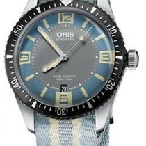 Oris Divers Sixty Five new Automatic Watch with original box 01 733 7707 4065-07 5 20 28FC
