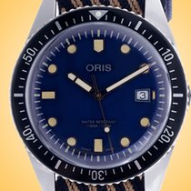 Oris Divers Sixty Five new Automatic Watch with original box 01 733 7720 4035-07 5 21 13