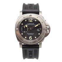 Panerai Luminor Submersible Acero 44mm Negro