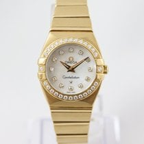 Omega Yellow gold Quartz Mother of pearl 25mm pre-owned Constellation Double Eagle