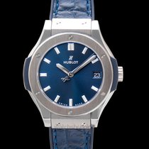 Hublot Classic Fusion Quartz Blue Titanium/Rubber-Leather 33mm...
