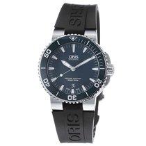 Oris Men's 733 7653 4155-07 4 26 34EB Aquis Date Watch