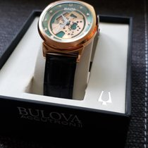 Bulova Accutron II Steel Green No numerals