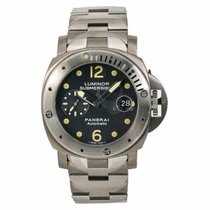 Panerai Titanium Automatic Black No numerals 44mm pre-owned Luminor Submersible