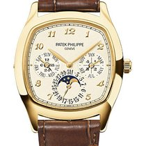 Patek Philippe Perpetual Calendar Yellow gold 37mm Silver Arabic numerals United States of America, New York, New York