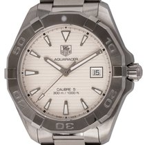TAG Heuer Aquaracer 300M pre-owned 42mm Silver Date Fold clasp