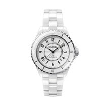 Chanel J12 H5700 2019 new
