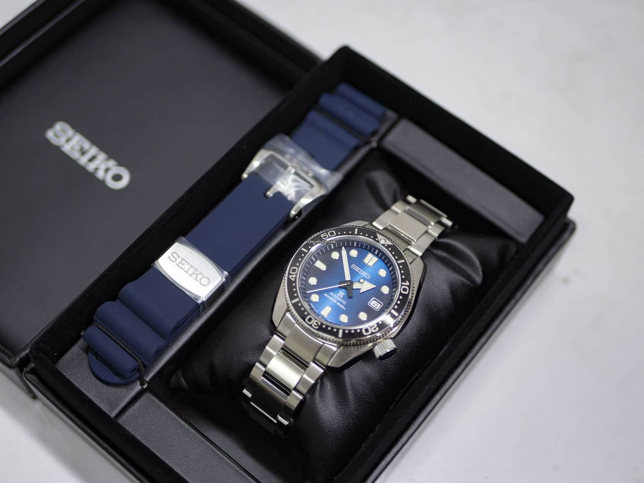 Seiko PROSPEX Great Blue Hole Special Edition for £844 for sale from a  Trusted Seller on Chrono24 596f8230b1a