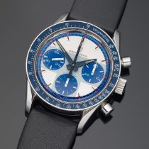 Universal Genève 885107 1969 pre-owned