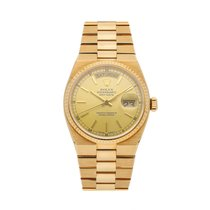 Rolex Day-Date Oysterquartz pre-owned 36mm Champagne Date Yellow gold