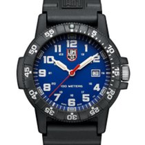Luminox Carbon 44mm Quartz 7630040933124 new