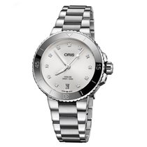 Oris Aquis Date new Automatic Watch with original box and original papers 01 733 7731 4191-07 8 18 05P