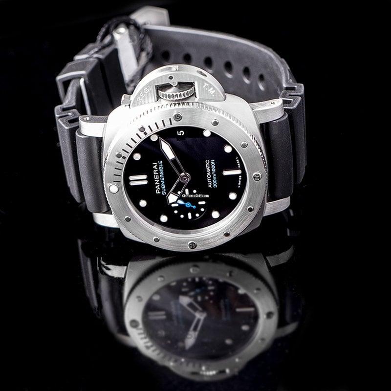 Panerai Submersible Automatic Black Dial 42 mm Men's Watch PAM00973