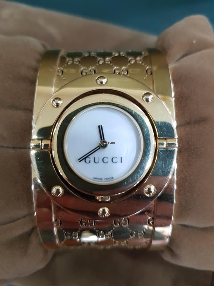 611db56a109 Gucci Twirl for Php 352