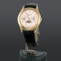 Patek Philippe 3940J Yellow gold 1988 Perpetual Calendar 36mm pre-owned