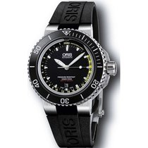 Oris Men's 733 7675 4154-SET RS Aquis Depth Gauge Watch