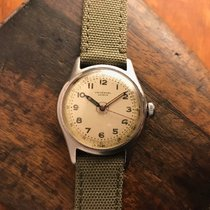 Universal Genève Steel 33mm 20724 pre-owned United States of America, Ohio, Beloit