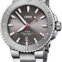 Oris Aquis Date Steel 43.5mm Grey United States of America, New York, Airmont