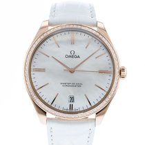 Omega De Ville Trésor pre-owned 40mm Mother of pearl Date Leather
