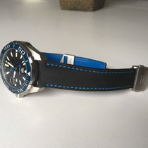 TAG Heuer Aquaracer Calibre 5 - Leather Strap Carbon Effect