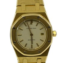 Audemars Piguet Yellow gold Automatic Yellow 30mm pre-owned Royal Oak