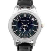 Patek Philippe Annual Calendar neu Handaufzug Uhr mit Original-Box und Original-Papieren 5205G-013