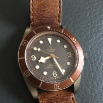 Tudor Black Bay Bronze Bronze 43mm Brun Arabes France, Ablon sur seine