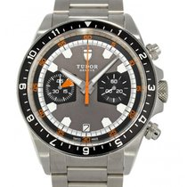 Tudor Heritage Chrono pre-owned 42mm Chronograph Date Tachymeter Steel