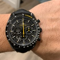 Omega Speedmaster Professional Moonwatch Carbon 44.25mm Black No numerals