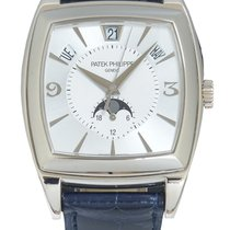 Patek Philippe pre-owned Automatic 51mm Silver Sapphire Glass