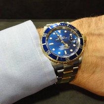 Rolex 16613 Submariner Date blue dial