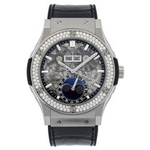Hublot Classic Fusion Aerofusion Moonphase Titanium Diamonds...
