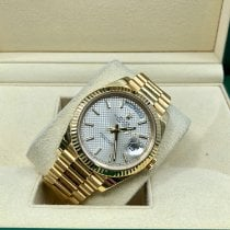 Rolex Day-Date 40 228238 pre-owned