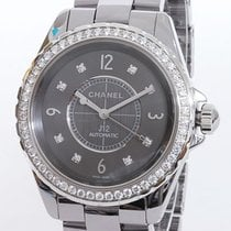 Chanel J12 pre-owned