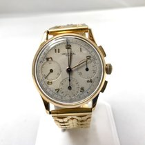 Universal Genève Yellow gold pre-owned Compax