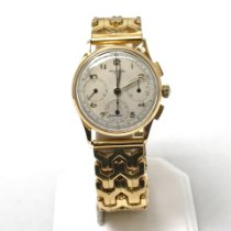 Universal Genève Compax pre-owned Yellow gold