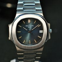Patek Philippe Nautilus Steel 37.5mm Black No numerals