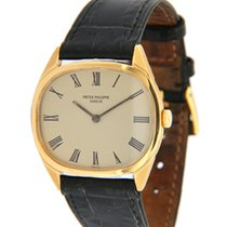 Patek Philippe Yellow gold Manual winding Champagne Roman numerals 31mm pre-owned Vintage