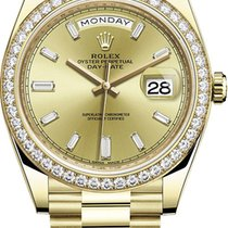 Rolex Yellow gold Day-Date 40 40mm new