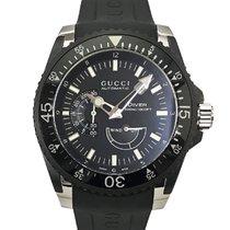 Gucci Dive YA136201 136.2 pre-owned