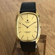Universal Genève Yellow gold 32mm Automatic 166123 pre-owned