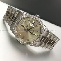 Rolex - Day Date 18346 Diamond Bezel PT