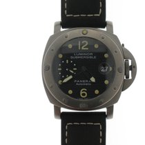 Panerai Titanium Automatic Black Arabic numerals 44mm pre-owned Luminor Submersible