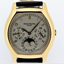 Patek Philippe Perpetual Calendar Yellow gold 42.5mm Silver Arabic numerals United States of America, California, Los Angeles