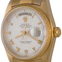 Rolex Day-Date 36 Zuto zlato 35mm Bjel Rimski brojevi