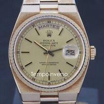 Rolex Day-Date Oysterquartz Zuto zlato 36mm Bez brojeva