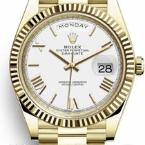 Rolex Day-Date 40 Yellow gold 40mm White Roman numerals