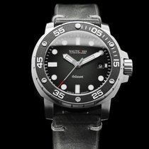 Nauticfish Thûsunt zwarz vintage w/ Leather Strap