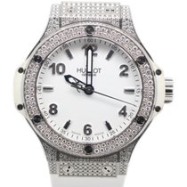 Hublot 38mm Quartz 2012 pre-owned Big Bang 38 mm White