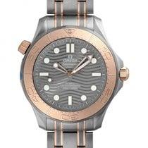 歐米茄 新的 自動發條 透視底蓋 旋轉式錶圈 限量發行版 螺擰式錶冠 排氦閥門 42mm 鈦 藍寶石玻璃